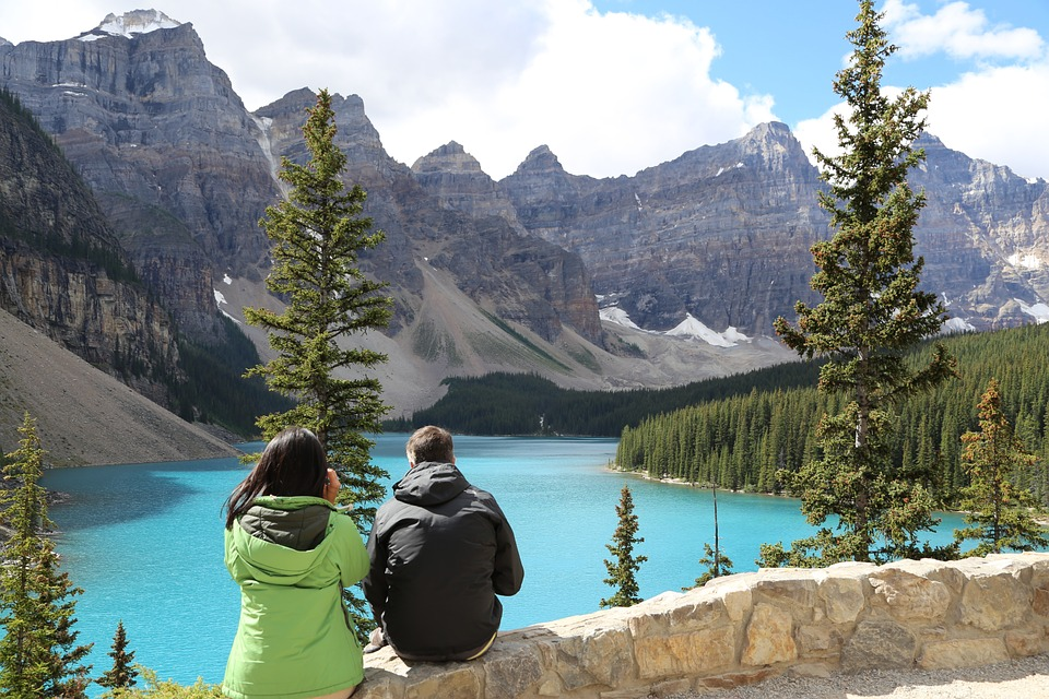 Banff natural park tourism